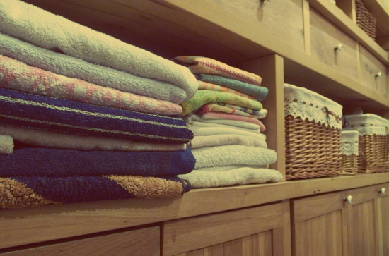 Using essential oils for laundry
